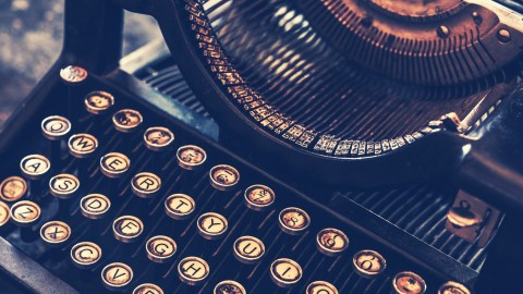 Ex-Wall Street Journal Editor Shows How To Make Your Blogs, Books & Business Writing Sparkle